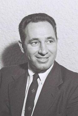 250px-Peres_1957
