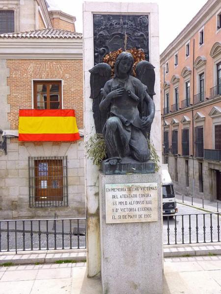 Madrid_-_Memorial_de_las_víctimas_del_atentado_contra_Alfonso_XIII_(1906)