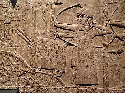 400px-Assyrian_relief_of_attack_on_an_enemy_town_during_the_reign_of_Tiglath-Pileser_III_720-743_BCE_from_his_palace_at_Kalhu_(Nimrud)