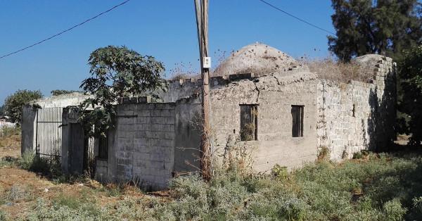 1920px-Zarnuka-mosque-730