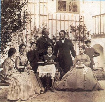 Melchior_Family_Group_Rolighed_c._1867