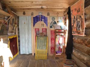 4 Решева храм внутри