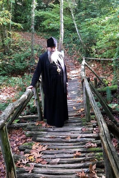 По пути в келью преподобного Паисия Святогорца мал