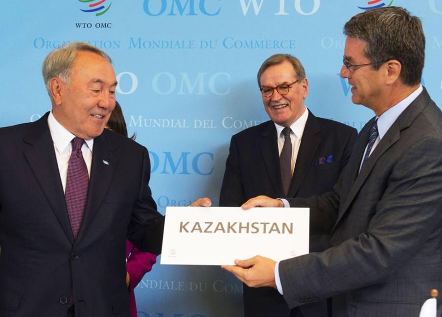 Назарбаев и латиница