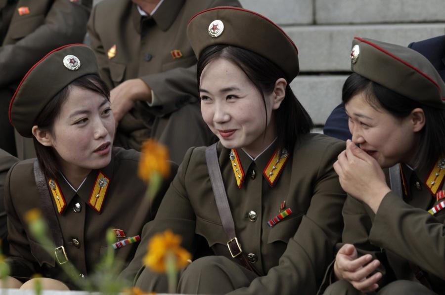 девушки из КНДР