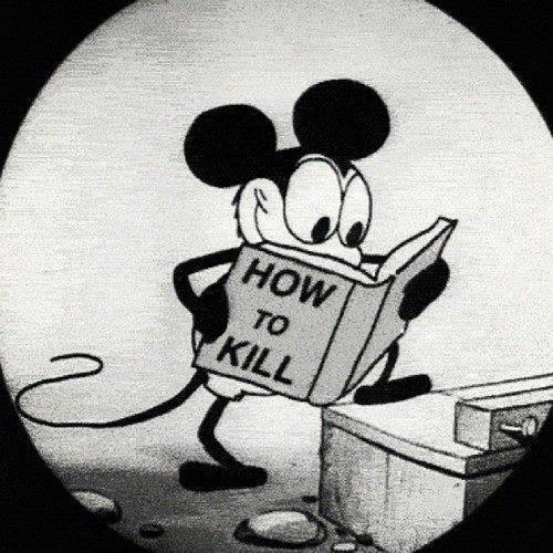микки-маус учится убивать