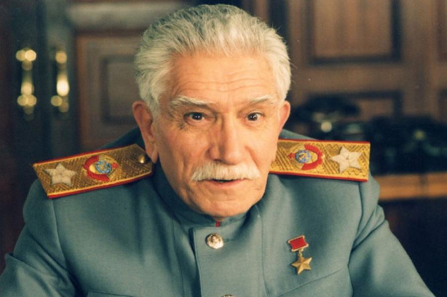 Джигарханян в роли Сталина