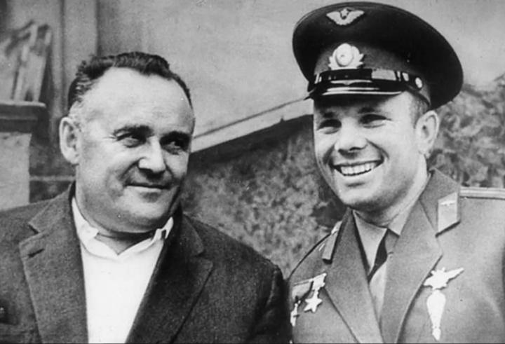 Гагарин и Королёв