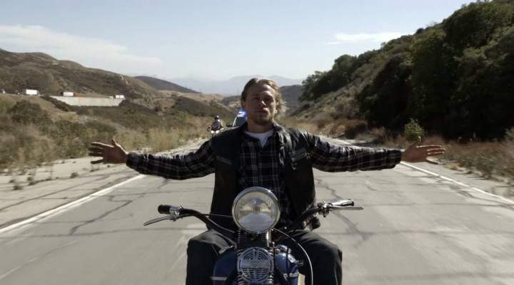 Sons.of.Anarchy.S07E13_Papa's Goods_Папины вещи[(109419)09-14-04]