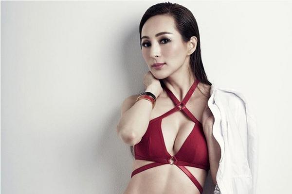 50-летняя китайская модель Кэнди Ло
