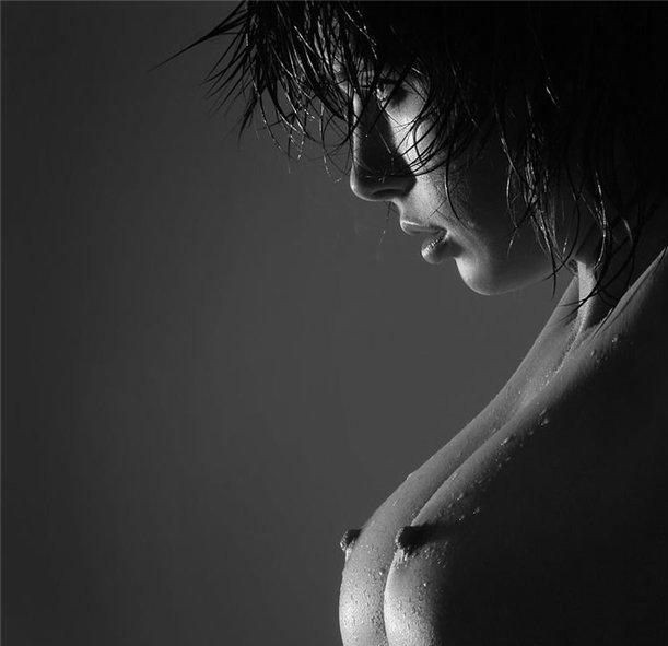 мокрая грудь 2