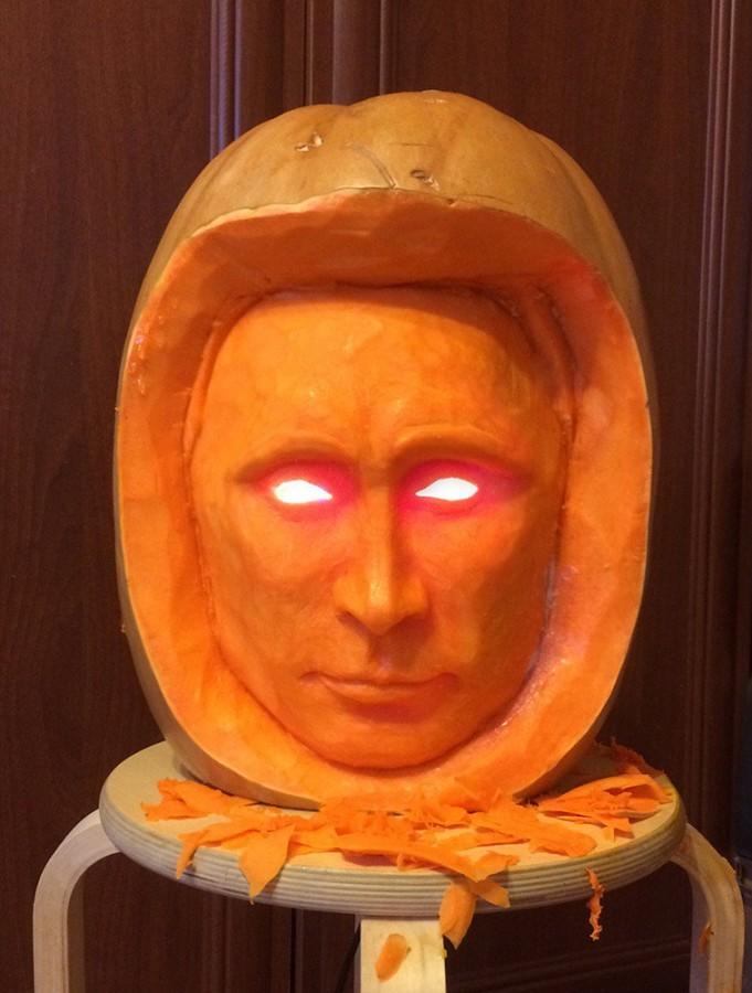 Влад-с-фонарём