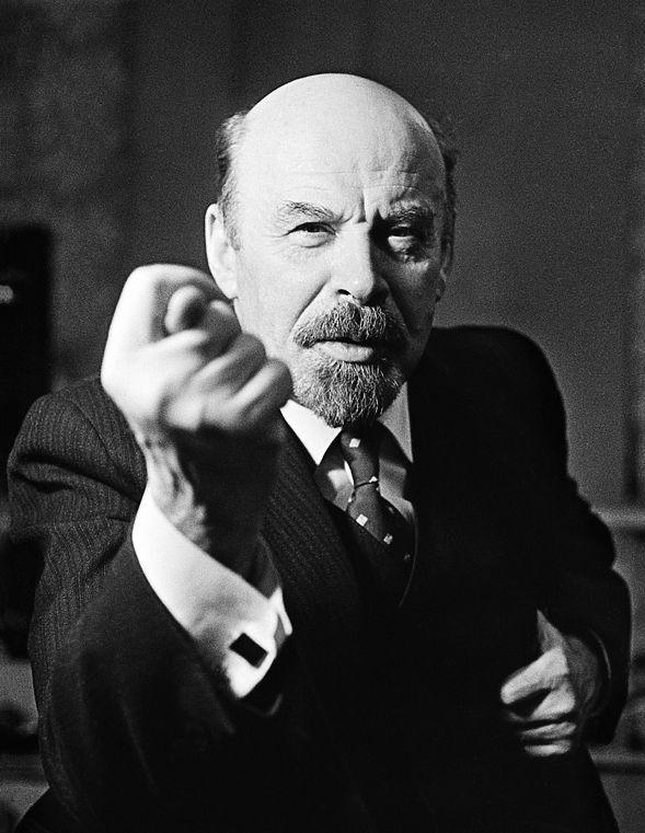 Ленин с фигой