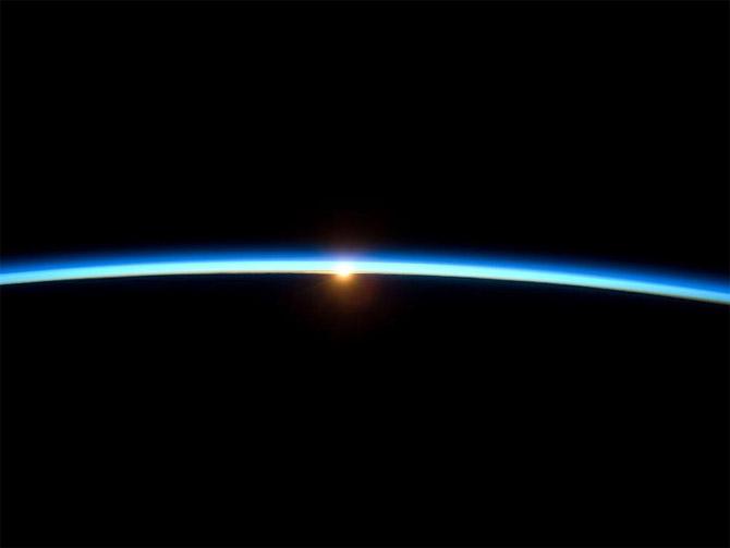 Атмосфера с борта МКС