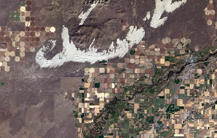 поля в Айдахо из космоса