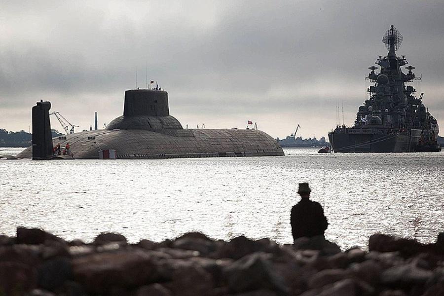 АПЛ Дмитрий Донской и крейсер Пётр Великий