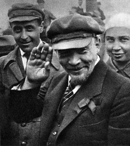 lenin_zakladka_pamjatnik2_1_may_1920