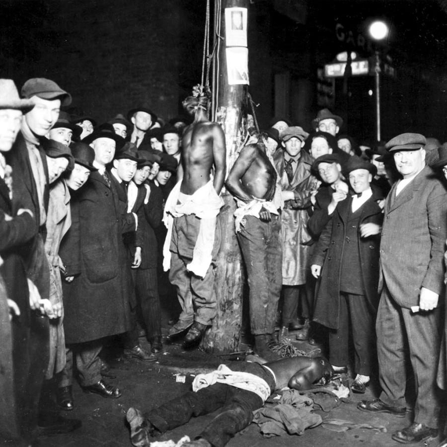 Duluth-lynching_June_15_1920
