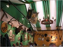 1633886-Armbrustschuetzenzelt_on_Oktoberfest-Munich
