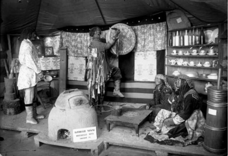 Юрта качинцев в Минусинском музее, фотограф Н.В. Фёдоров начало ХХ века