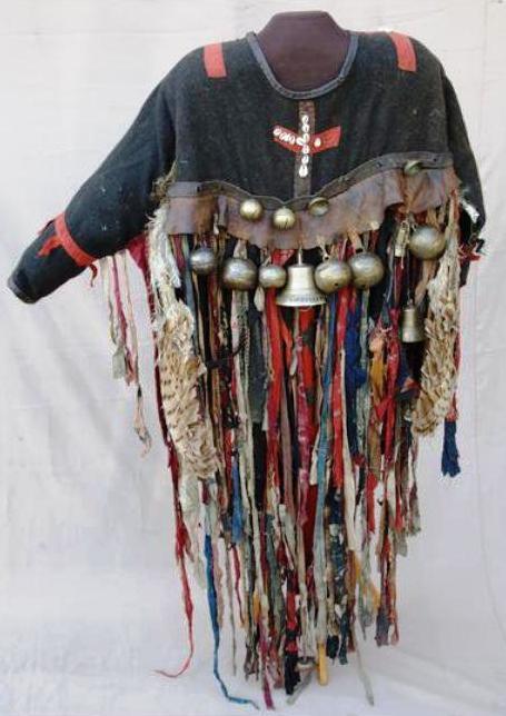 Куртка хакасского шамана XIX век, из коллекции музея Мартьянова, Минусинск.