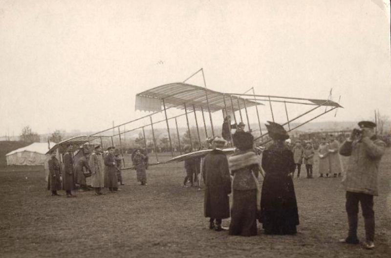 Масленникова Б.С. на самолете Фарман в Болгарии