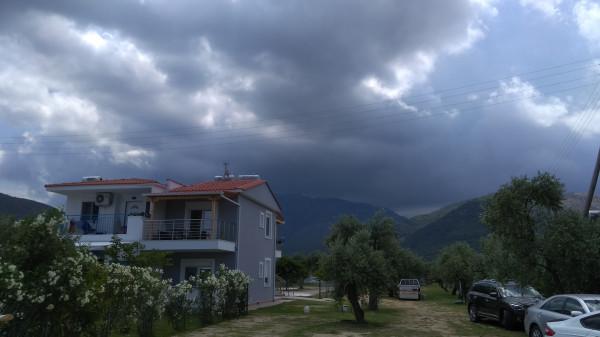 Отбросим прочь здесь не уместный пафос... Погода, буря, ураган и остров Тасос