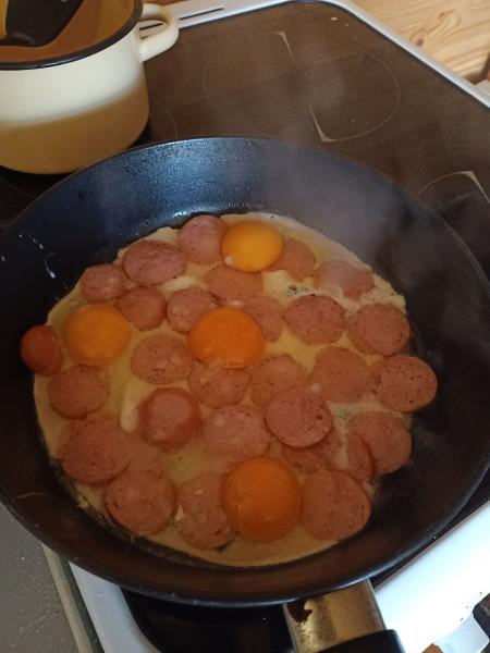 Доброе утро! Насмотревшись Масок - готовим завтрак... IMG20210426082817.jpg