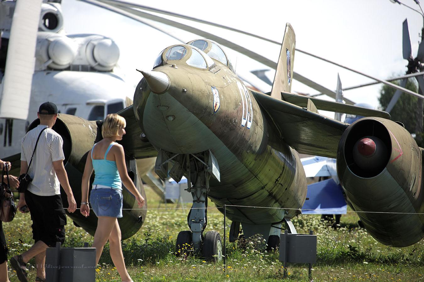 Киевский авиамузей часть 8: Як-28у,Як-38, Як-18пм,Як-40,Як-3 - igor113