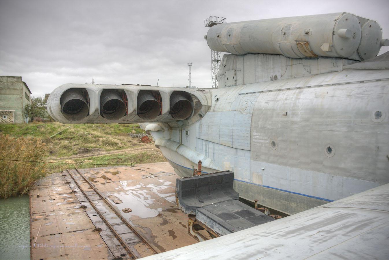 Ekranoplano abandonado 007g5agb