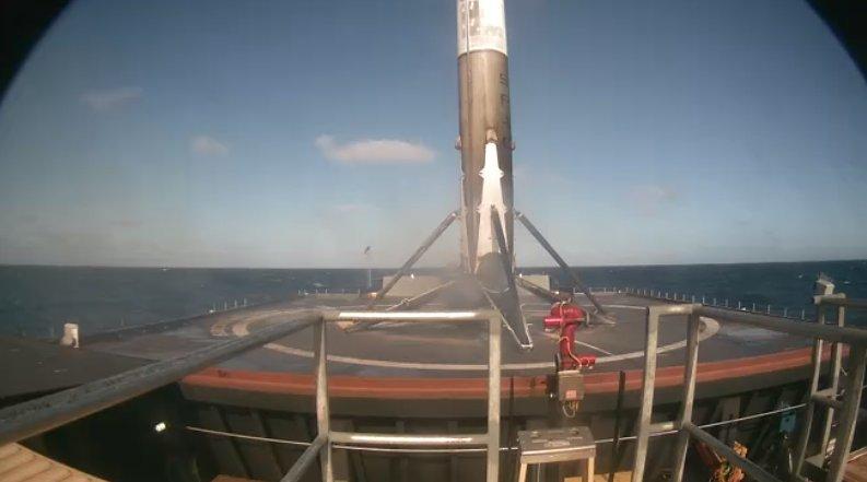 Пока быдло отрицает очевидное SpaceX успешно провел пуск очередного Falcon 9