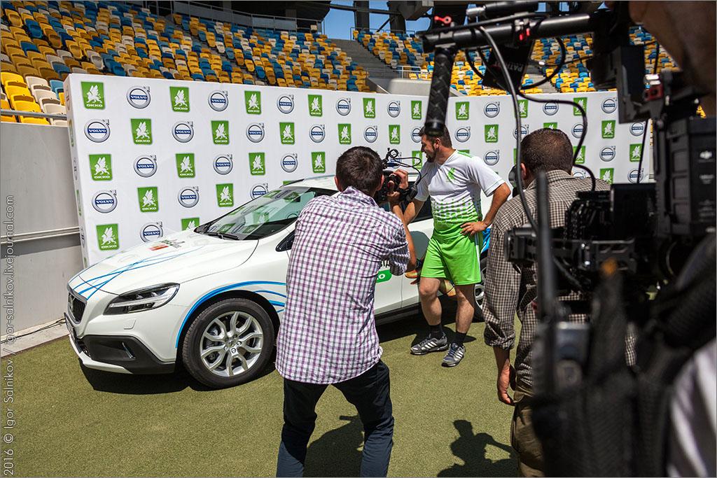 заправка ОККО okko автомобиль розыгрыш стадион Львов приз
