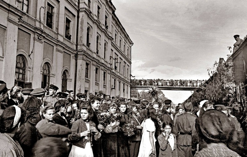 04-Poezd-Pobedy-Berlin-Kujbyshev-1945