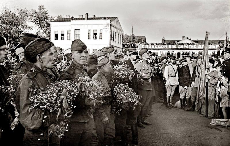 05-Poezd-Pobedy-Berlin-Kujbyshev-1945