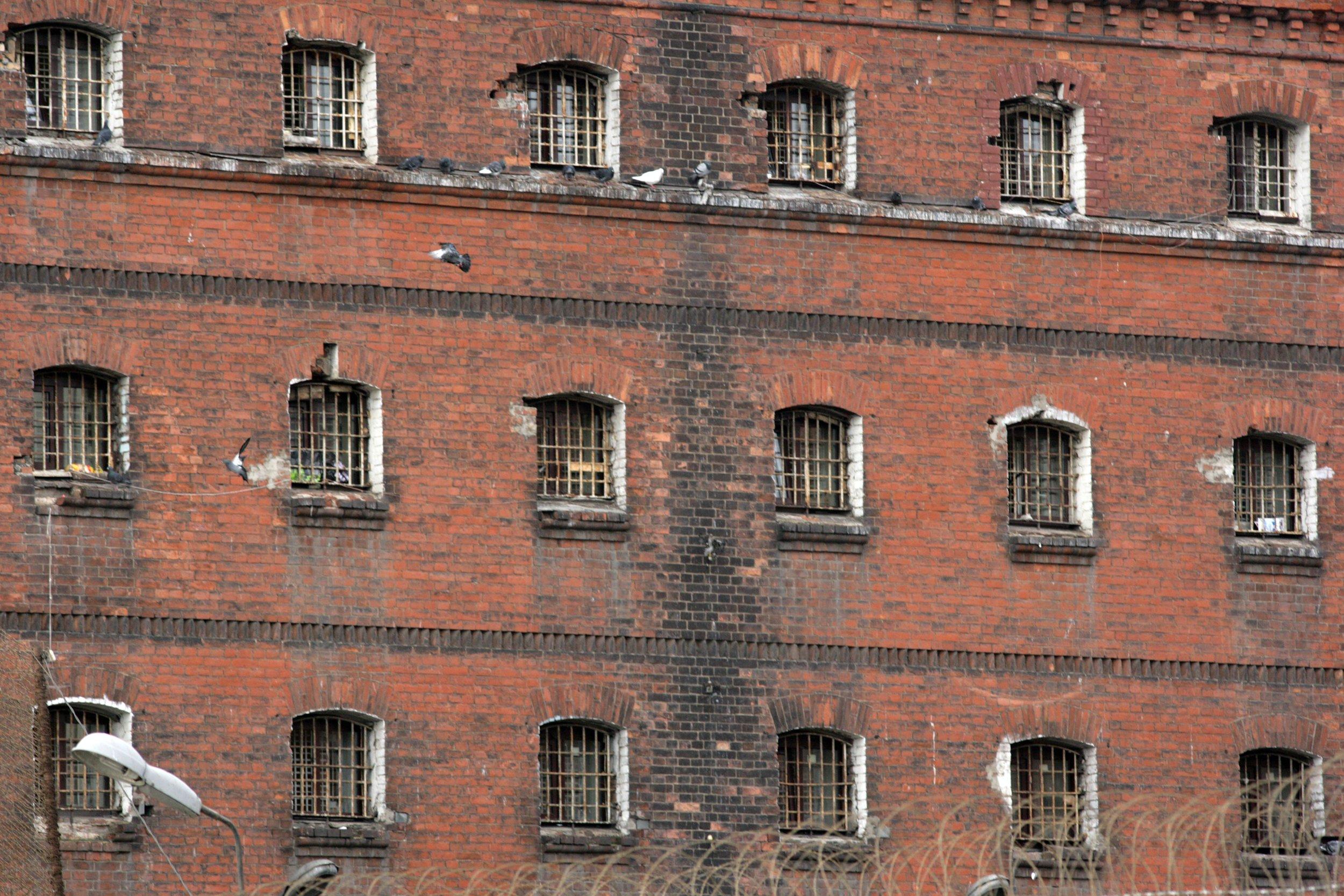 кресты фото тюрьма сверху отучить кур клевать