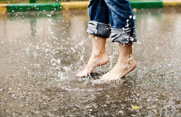 1318264601_rain-14