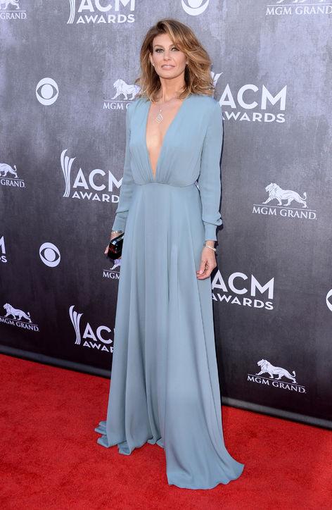 faith-hill-acm-awards-red-carpet-saint-laurent-blue-dress-h724
