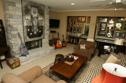 sheryl-crow-living-room-tennessean
