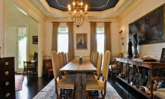 Sheryl-Crows-dining-room-TN