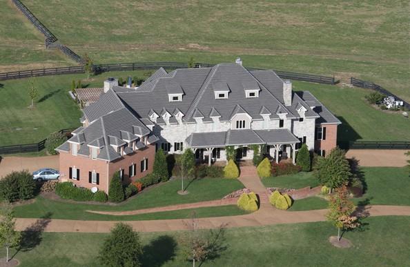 Sheryl+Crow+listed+154+acre+Cross+Creek+Farm+KPM_8KvFaNal