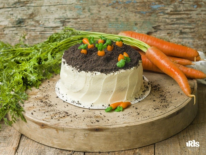 03-9. Морковный торт с кремом из сливочного сыра