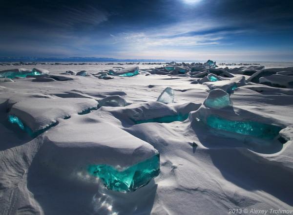 led-na-ozere-1