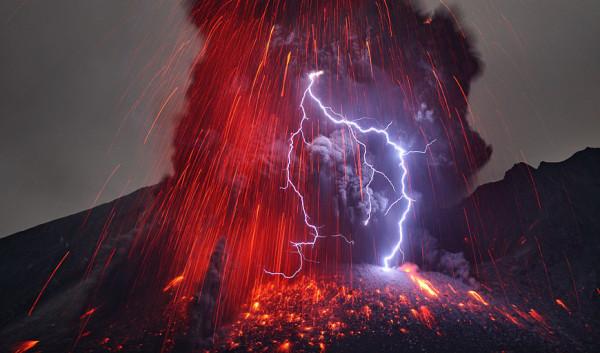 izverzhenie-vulkana-3