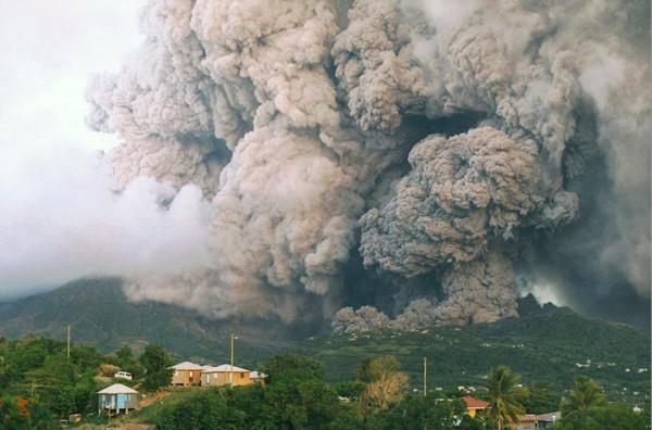 vulkan-sufrier-hills-5-2-990x654