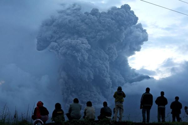 vulkany-4-24