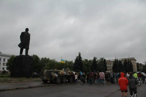 Военные не дали завалить Ленина.
