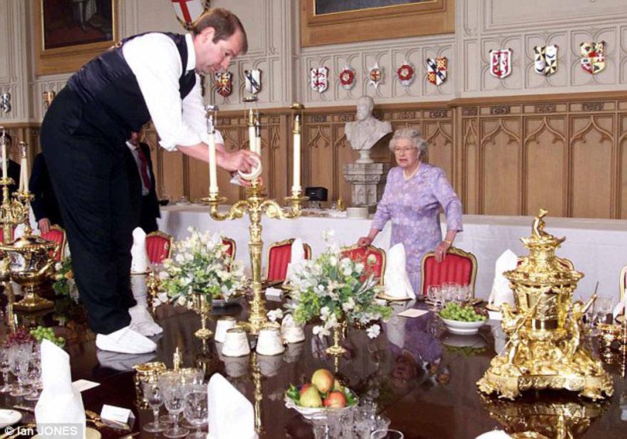 Я бы хотела вас всех собрать за королевским столом!!! Но мы все в разных странах и на разных континентах, а может просто в разных городах!!!