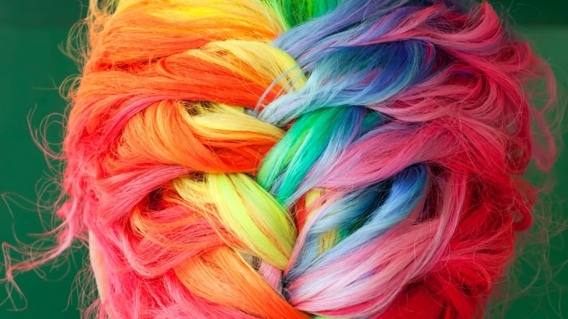 Colorful-dyed-hair-braids_1920x1080