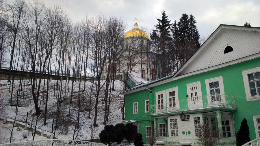 Дом настоятеля Псково-Печерского монастыря