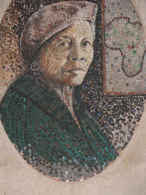 Маргарет Бэрроуз - (1915-2010) афроамериканская художница, писательница, поэтесса и педагог.